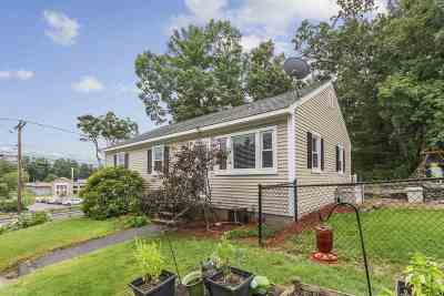 Nashua Single Family Home For Sale: 4 Chapel Hill Drive