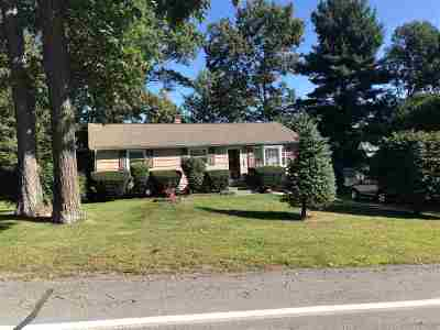 Nashua Single Family Home For Sale: 145 Westwood Drive