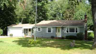 Hampstead Single Family Home For Sale: 10 Cortland Road
