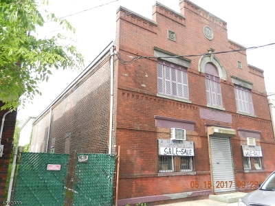 Ironbound Commercial For Sale: 360-362 Walnut St