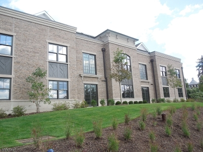 Bernardsville Boro Condo/Townhouse For Sale: 25-306 Mill St, Residence 306 #306