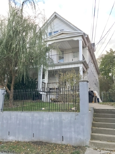 Passaic City Multi Family Home For Sale: 15-17 Westervelt Pl