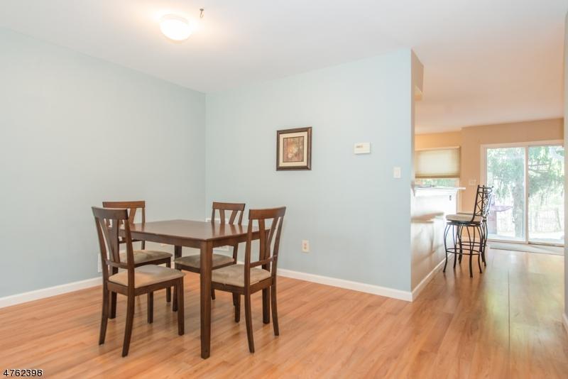 Listing: 80 Laurelwood Ct, Rockaway Twp., NJ.| MLS# 3439724 | Anne ...