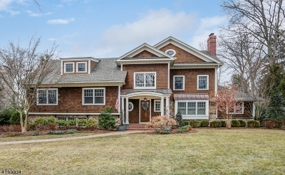 Chatham Twp. Single Family Home For Sale: 16 Robert Dr