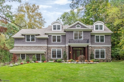 Chatham Twp. Single Family Home For Sale: 28 Rolling Hill Dr