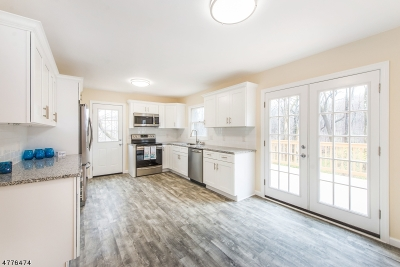 Mount Olive Twp. Single Family Home For Sale: 529 Drakestown Rd