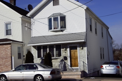 Belleville Twp. Single Family Home For Sale: 527 Franklin Ave