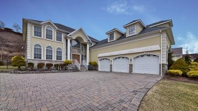 Totowa Boro Single Family Home For Sale: 97 Hamilton Trl