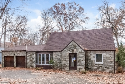 Parsippany-Troy Hills Twp. Single Family Home For Sale: 29 Woodcrest Rd