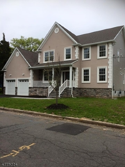 Piscataway Twp. Single Family Home For Sale: 1419 Redwood Dr