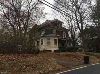 Lebanon Boro Single Family Home For Sale: 21 Cherry St