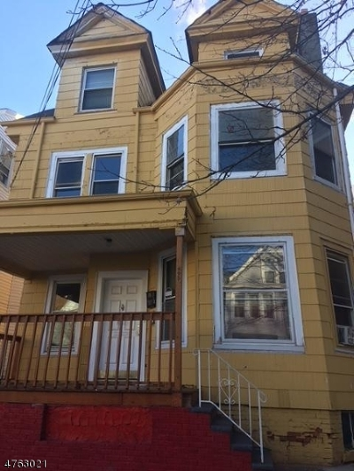 Paterson City Multi Family Home For Sale: 695 E 24th St