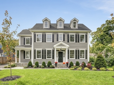 Chatham Twp. Single Family Home For Sale: 11 Whitman Dr