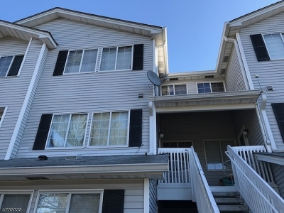 Bedminster Twp. Condo/Townhouse For Sale: 44 Parkside Rd
