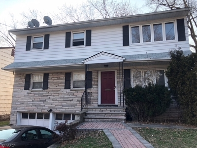 Union Twp. Multi Family Home For Sale: 2564 Vauxhall Rd