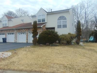 Marlboro Twp. Single Family Home For Sale: 9 Kinglet Ave