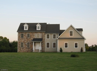 Franklin Twp. Single Family Home For Sale: 87 Sky Manor Rd