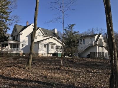 Livingston Single Family Home For Sale: 184 E Northfield Rd