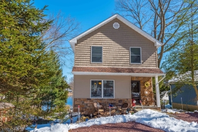 Parsippany-Troy Hills Twp. Single Family Home Active Under Contract: 33 Scenic Dr