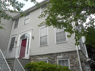 Randolph Twp. Condo/Townhouse For Sale: 132 Arrowgate Dr