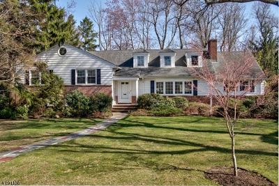Livingston Single Family Home For Sale: 1 Wilshire Dr
