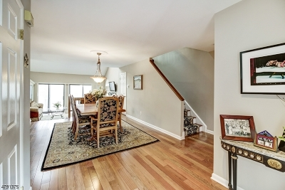 Morristown Town Condo/Townhouse For Sale: 7 Carolyn Ct