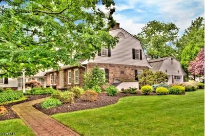 Wayne Twp. Single Family Home For Sale: 23 Laauwe Ave