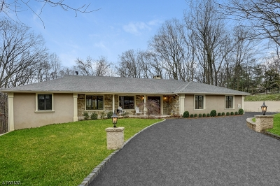 Franklin Lakes Boro Single Family Home For Sale: 315 Freemans Ln