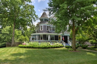 Westfield Town NJ Single Family Home For Sale: $1,270,000