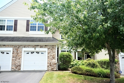 Montgomery Twp. Condo/Townhouse For Sale: 6 Scarlet Oak Dr