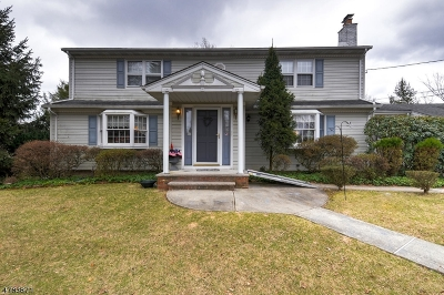 Wayne Twp. Single Family Home For Sale: 36 Perrin Dr