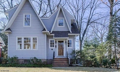 Wyckoff Twp. Single Family Home For Sale: 279 Voorhis Ave