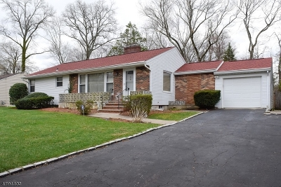 Hanover Single Family Home For Sale: 57 Perry St