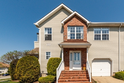 Piscataway Twp. NJ Condo/Townhouse For Sale: $350,000