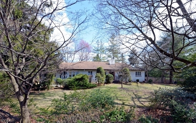 Wayne Twp. Single Family Home For Sale: 898 Pines Lake Dr W