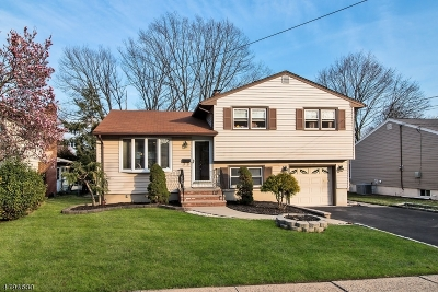 Union Twp. Single Family Home For Sale: 373 Foxwood Rd