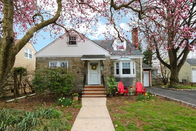 Union Twp. Single Family Home For Sale: 823 Travers St