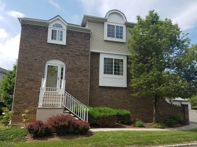 Berkeley Heights Condo/Townhouse For Sale: 1 Whispering Way E #1