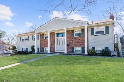 Wayne Twp. Single Family Home For Sale: 28 Pilgrim Way