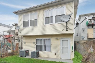Elizabeth City Multi Family Home For Sale: 158 Magnolia Ave
