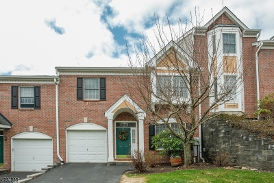 Wayne Twp. Condo/Townhouse For Sale: 27 Summer Hill Rd