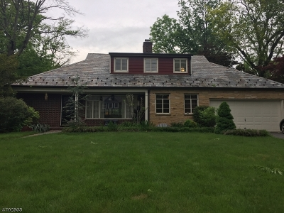 Westfield Town Single Family Home For Sale: 22 Stoneleigh Park