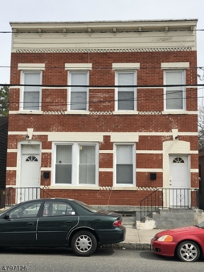 Belleville Twp. Multi Family Home For Sale: 46 Heckel St
