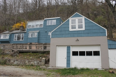 Sparta Twp. Single Family Home For Sale: 222 W Shore Trl