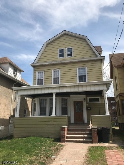 Passaic City Single Family Home For Sale: 31 Park Ave