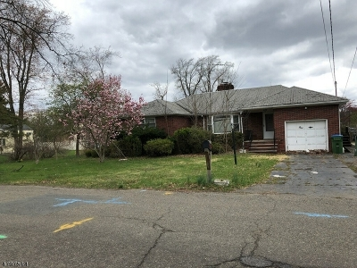 Edison Twp. Single Family Home For Sale: 1 Broad Ave