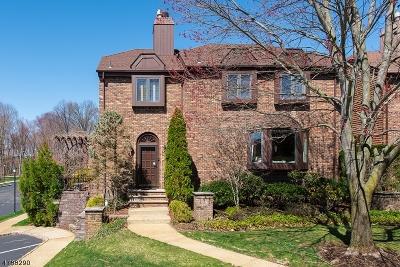 Madison Single Family Home For Sale: 7 Christina Ct