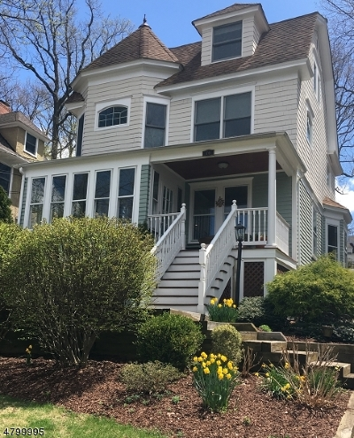Summit Single Family Home For Sale: 76 Mountain Ave