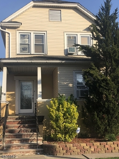 Totowa Boro Single Family Home For Sale: 58 Franklin Pl
