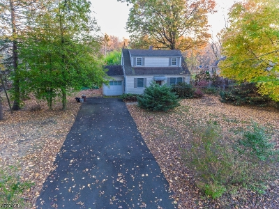 Scotch Plains Twp. Single Family Home Active Under Contract: 1660 Raritan Rd